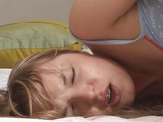 Cute teen with braces gets toyed and anallized in bed