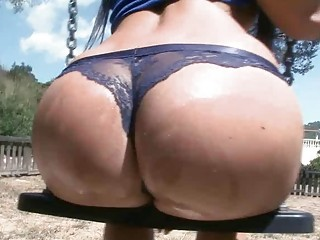 Amateur babe squirts all over a public playground