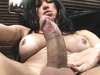Very closeup shemale orgasm
