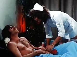 Linda Lovelace Harry Reems Dolly Sharp in classic porn scene