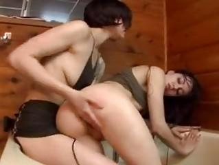 Tight Sasha Grey gets one hot twattorturing pleasure she cannot reists