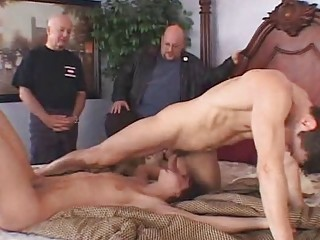 Hotwife Lays Down For Strangers