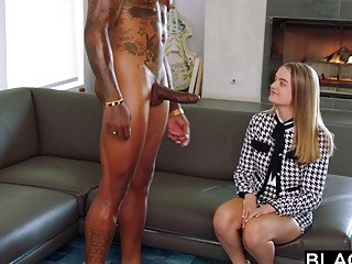 Hardcore bone with a beautiful blonde who loves getting drilled