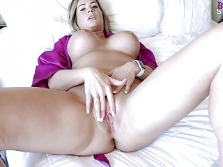 Bombastic MILF with big tits spreads legs for hardcore pounding